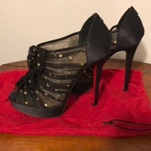 311ec3b1de0d Christian Louboutin Shoes - Christian Louboutin peep toe booties. Size 37.